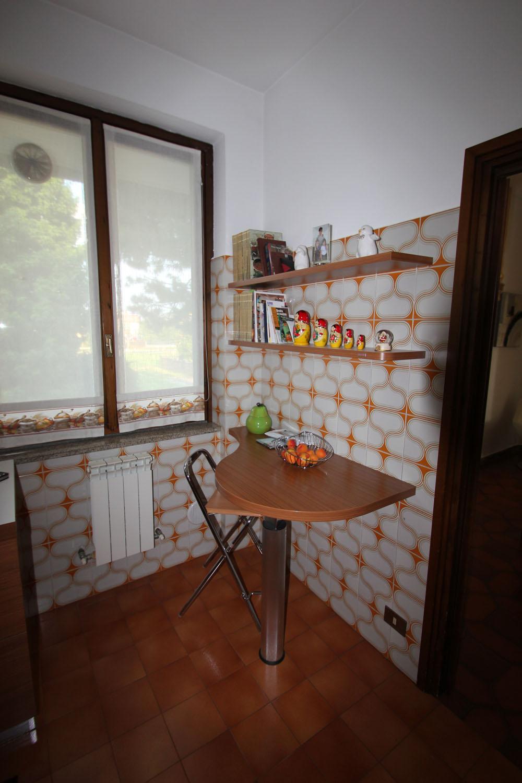 Idee arredamento soggiorno cucina a vista dalle for Soluzioni soggiorno piccolo