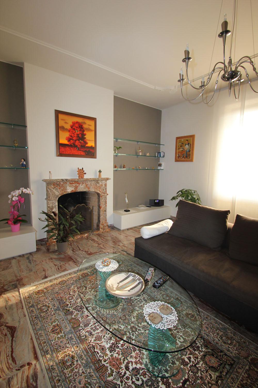 Idee arredamento soggiorno cucina a vista dalle for Arredamento