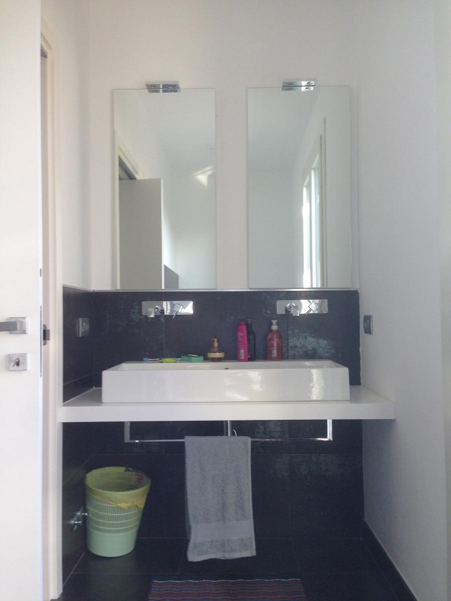 Arredamento bagno moderno immagini e idee by restelli arredamenti - Idee arredo bagno moderno ...