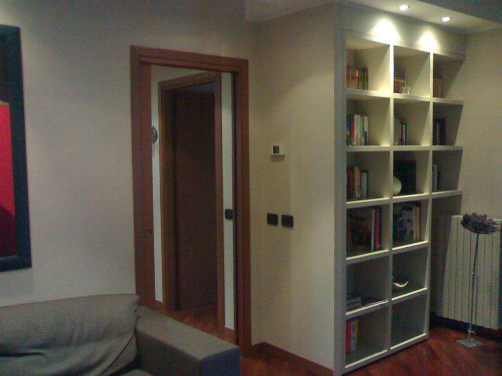 Idee mobili su misura per mansarde soppalchi e piccoli spazi - Mobili per piccoli spazi ...