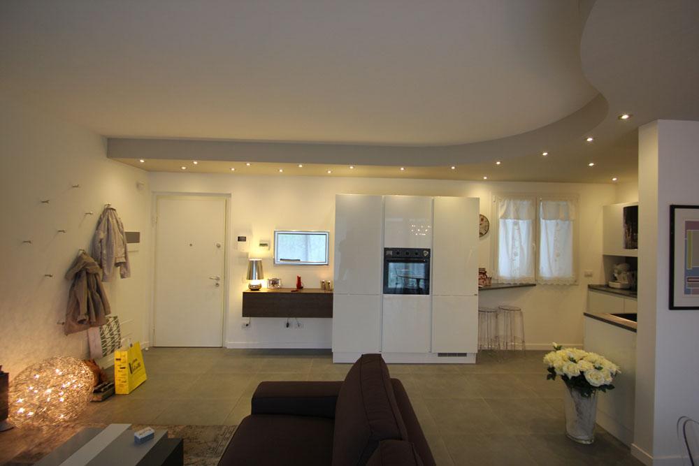 Esempio arredamento casa da 50 a 100 mq progetto restelli for Case arredate da architetti