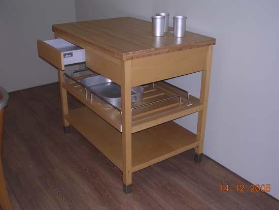 Bancone da lavoro per cucina mod florida di arc linea - Banco da lavoro cucina ...
