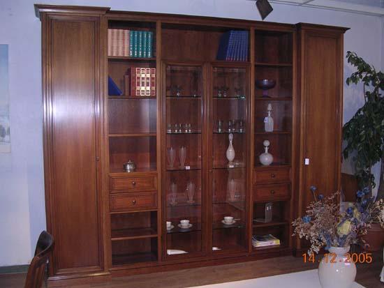 Mobili da soggiorno classici in legno massello - Mobili soggiorno legno massello ...